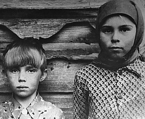 Теличкина родилась 10 января 1945 года в