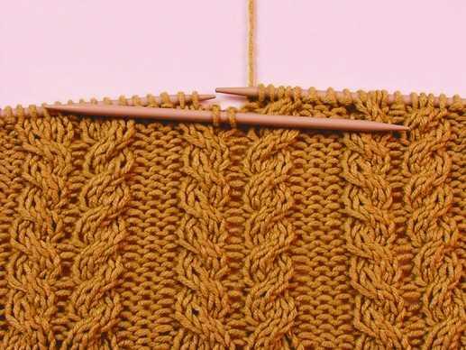 Вязание спицами схемы узоры косы.  Для полотна набрано 150 петель, так.