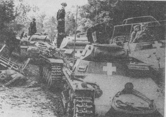 Колона немецких танков фото