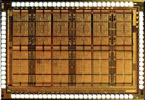 Микрофотография чипа FPAA