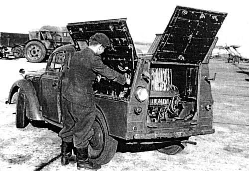 В военном отношении об этих сугубо гражданских машинах можно было бы и не вспоминать, хотя в 1950 - 1951.