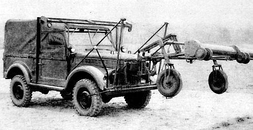 """Р-125/125М  """"Алфавит """" - легкие командно-штабные машины (КШМ) на базе ГАЗ-69Э и 69МЭ со съемным тентом."""