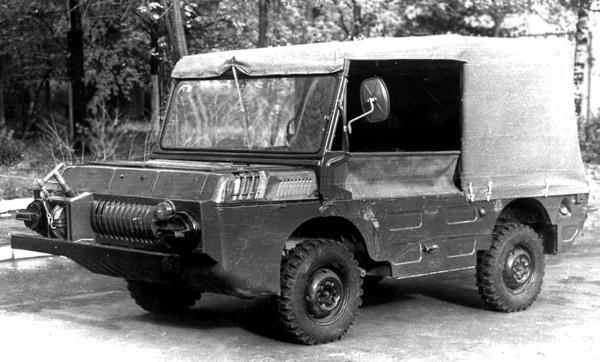 Мелкосерийный транспортный или патрульный вариант ЛуАЗ-967МП начала 1980-х годов являлся своеобразным...