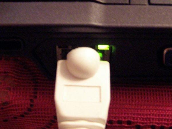Когда с подключением разобрались, можно переходить к настройкам интерфейса.  Локальная...  Как настроить Wi-Fi сеть...