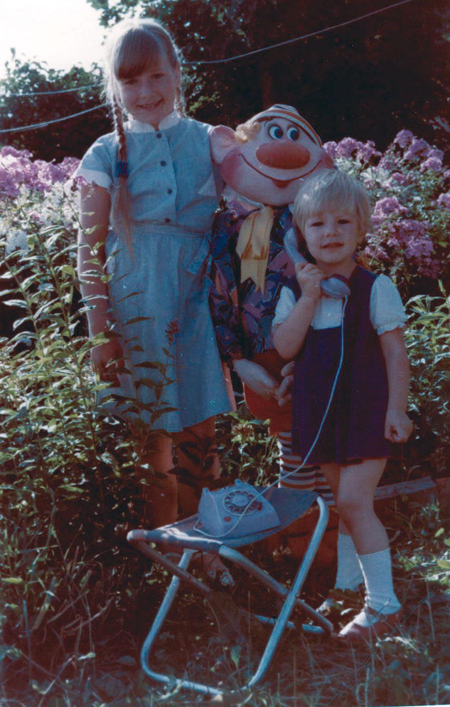 Я с мамой на даче остался спать 26 фотография