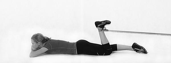 области коленного сустава, возникающая после прямых и непрямых травм.